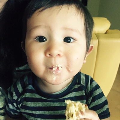 1歳のお誕生日にケーキを食べました!